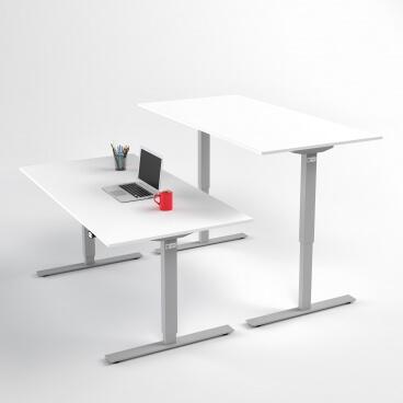 hoj-och-sankbart-skrivbord-silver-stativ-och-vit-skiva