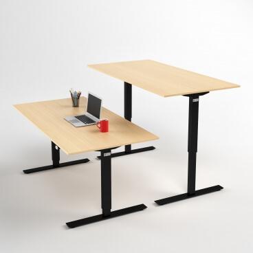 hoj-och-sankbart-skrivbord-svart-stativ-och-bjork-skiva